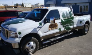 custom-graphics-truck